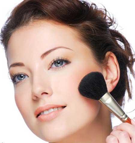 گاهی اوقات عادتهای آرایشی و زیبایی ممکن است سلامتی فرد را به خطر بیندازند